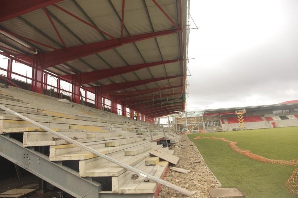 Broadhurst Park, il campo dei sogni dell'FC United Of Manchester in costruzione (foto RMB2007. https://www.skyscrapercity.com/)